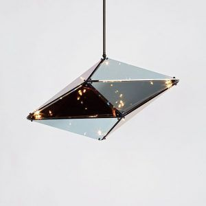The Maxhedron lamps manufactured by Roll & Hill and designed by Bec Brittain are a study of the transformation of the material through the reflection of light. When turned off, the translucent parts reflect and blend with their surroundings, when they are lit, bands of light are projected on nearby surfaces as if they were a constellation. Details: Made of brass, steel and mirror glass. All information On these designer lamps, you will find it in Naharro stores.