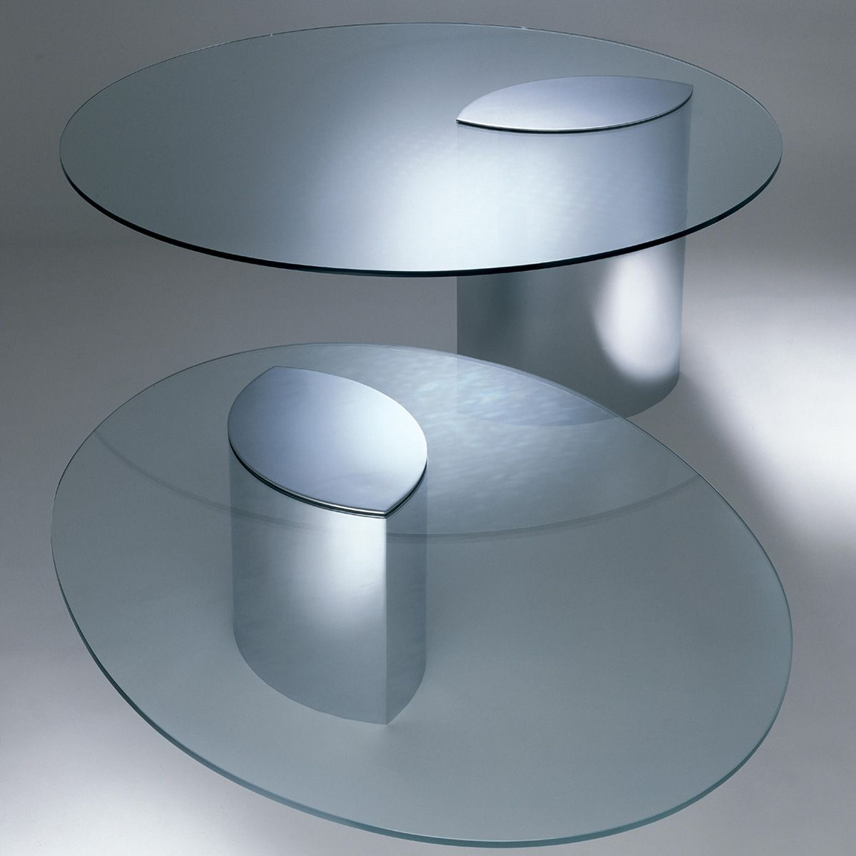 Knoll Lunario Table