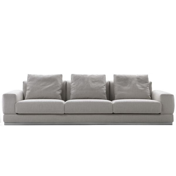 The Big Bob sofa is designed by Antonio Citterio and edited by the Flexform brand. A sofa with a wide look, assembled with different parts and clean lines, visibly smooth and with the appeal of a classic. Supported on the ground by a metal base, it can be equipped with a mechanism to facilitate movement, providing a comfortable position for total relaxation.Configurable from different modules.Price for sofa 243 x 105 x 70 cm in Super upholstery . Motionless. Does not include cushions. Check with stores NAHARRO the different configurations and finishes available.