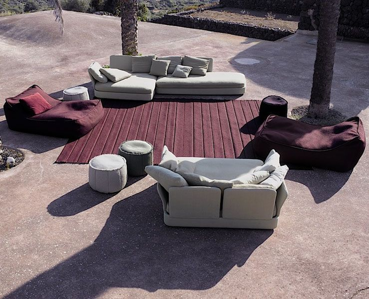 Paola Lenti - Furniture, Seats and Rugs of Interior and Exterior Design