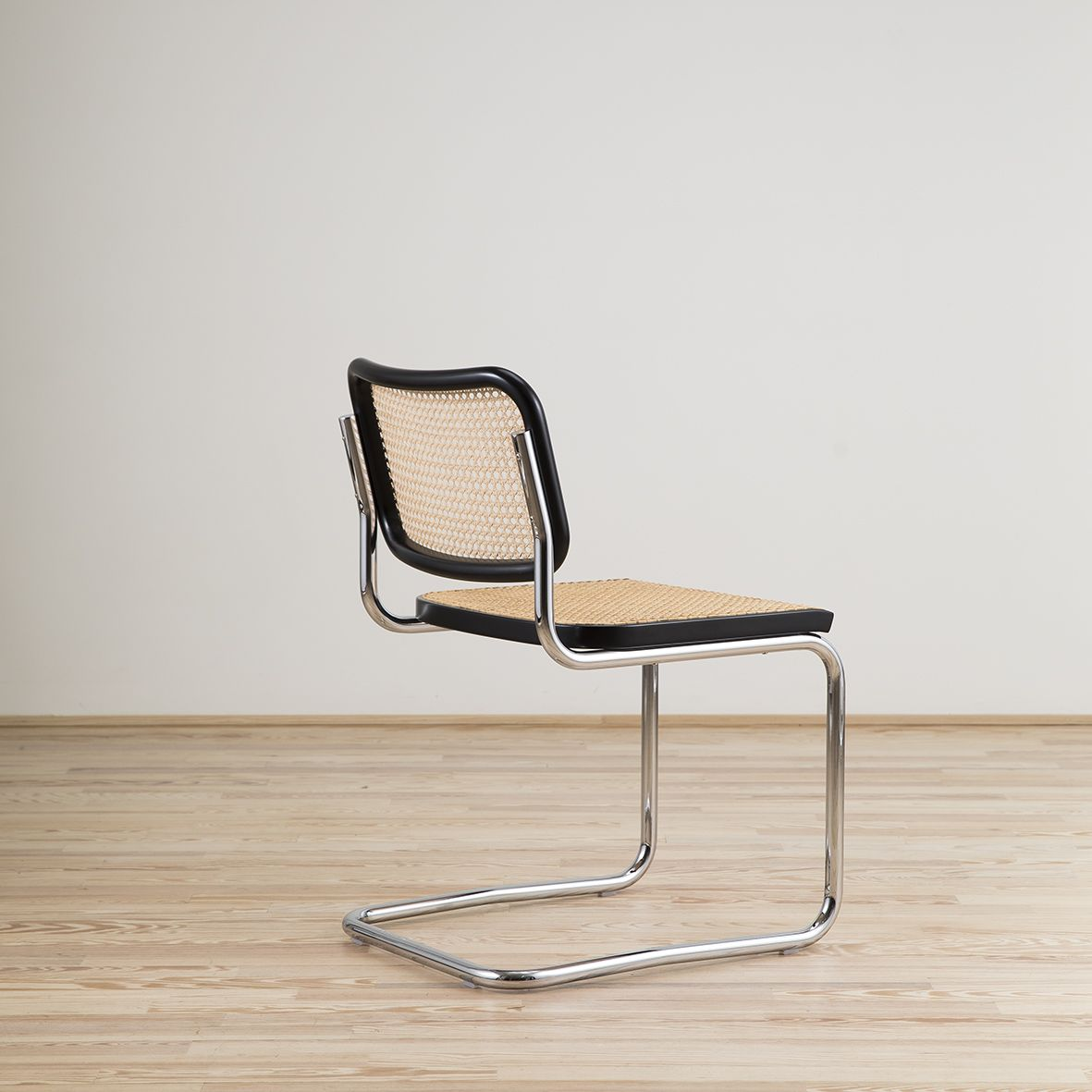 Cesca chair designed by Marcel Breuer and edited by knoll