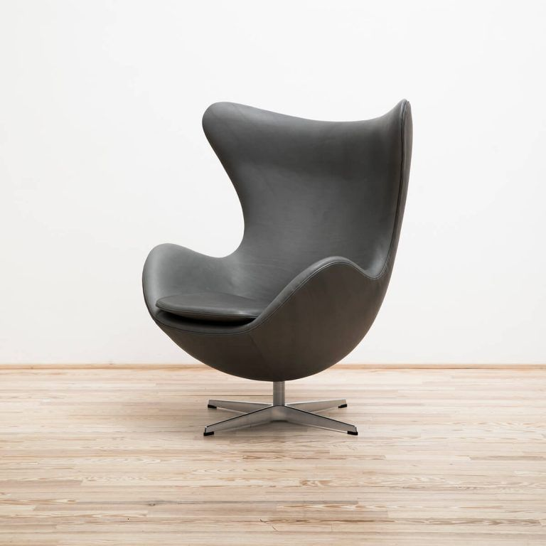 Armchair Egg Leather Sense Stock - Fritz Hansen