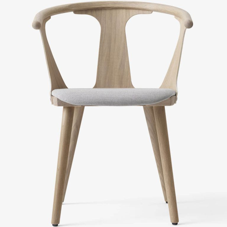 Silla In Between SK2 roble - &Tradition